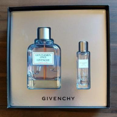 foto GIVENCHY GENTLEMEN ONLY CASUAL CHIC EDT 100+15ML